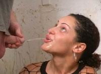 Pisse schlucken Sexfilm