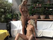 Sexy Blondinen mögens feucht