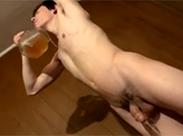 Schwuler bei Golden Shower