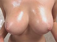 Dickbusiges Teenie Girl in Dusche