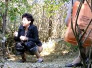 Frauen beim Pissen gefilmt