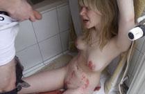 BDSM Porno mit viel Pisse